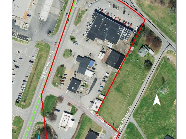 6 Commercial Buildings On 3.53 +/- Acres Located At The Crossroads In Millers Creek, NC